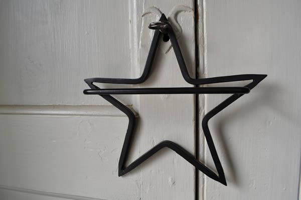 STAR TOWEL HOLDER
