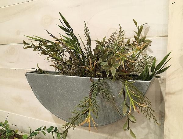 Half Round Wall Planter 16